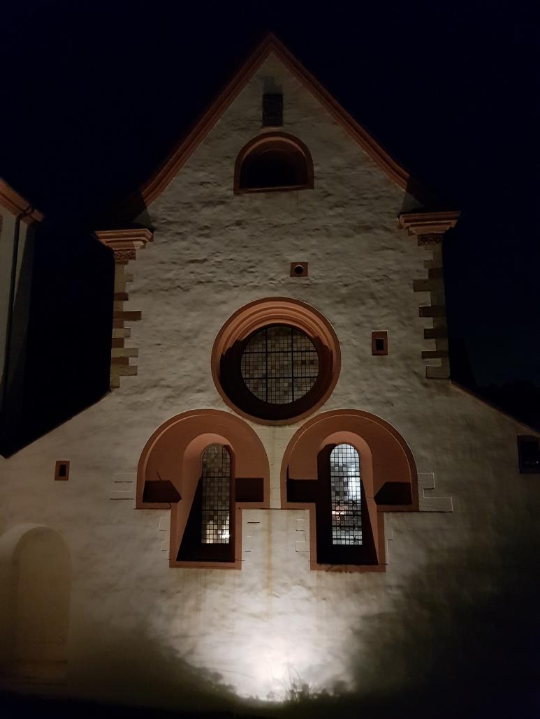 Kloster Eberbach im Nachtlicht