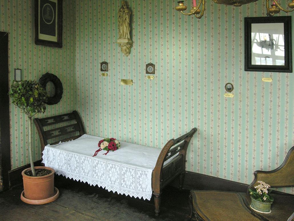 Sterbezimmer von Annette von Droste-Hülshoff in der Burg Meersburg