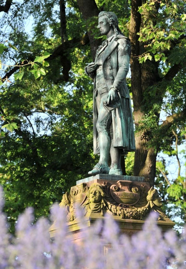 Literaturland Baden-Württemberg: Schillerdenkmal Marbach am Neckar