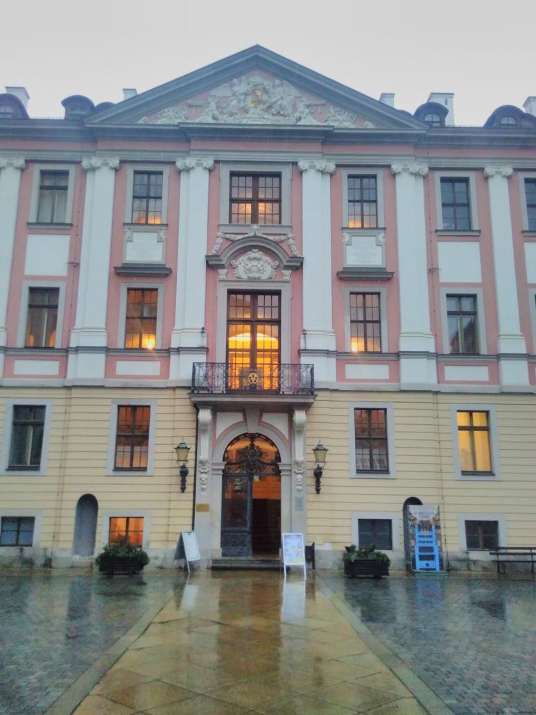 Schloss Altenburg - Eingang zum Corps de Logis