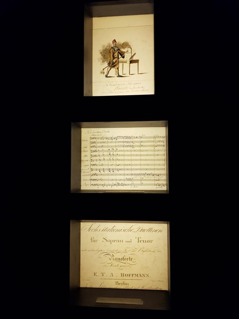 Spiegelungen im E.T.A. Hoffmann-Haus, Bamberg